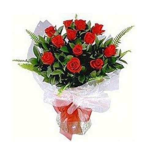 Sensational Flower Arrangement of 1 Dozen Red Roses on Valentines Day