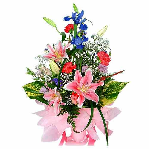 Fashionable Valentines Day Special Multi-Colored Bouquet