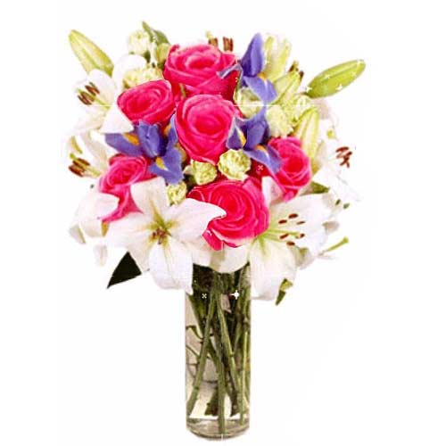 Precious Valentine Bouquet of Lilies and Six Roses for Your Dear Ones